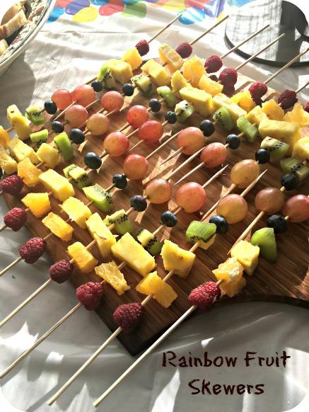 rainbow-fruit-skewers